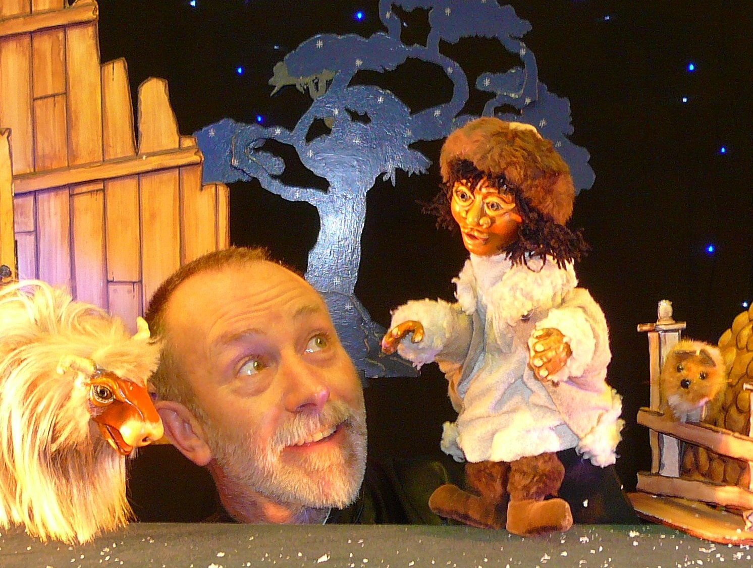 melvyn with puppets